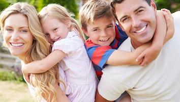 Shutterstock happy family jdqkqj