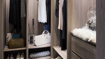 Central  closet 1 ulvnu3