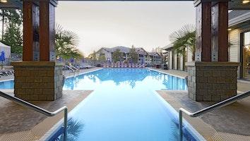 4338 hotel pool