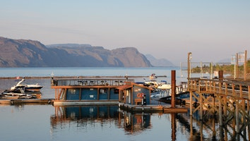 8578 rew tobiano photos fb   marina