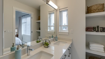 192 bathroom