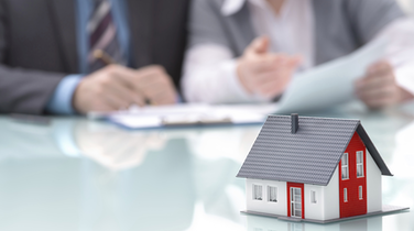 What is the Difference Between a Fixed and Variable Mortgage?