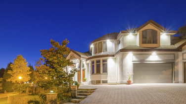 """Vancouver Seeing Canada's Most """"Asymmetrical"""" Home Price Rises: CIBC Economist"""