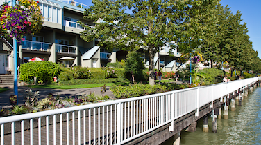 Five Great Things about Living in ... New Westminster Quay