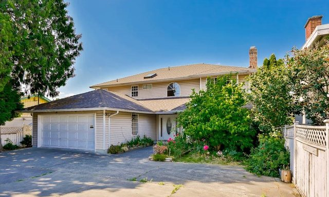 Five great buys Steveston house 9