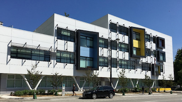 """Lego-Style"" School Has Lessons for Housing, Communities"