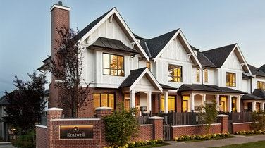 Kentwell Features Exceptional Homes in a Park Side Setting