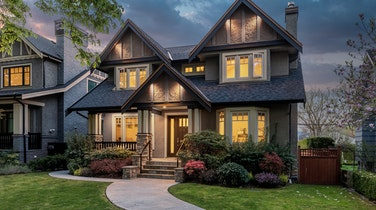See this Picture Perfect Westcoast Luxury Home in Vancouver