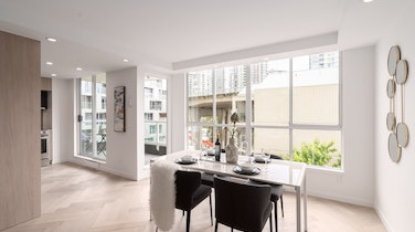 809-1500 Howe - An Elegant, Redesigned Condo Opportunity