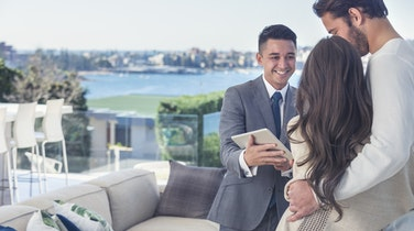 7 Reasons You Should Use a Buyer's Agent
