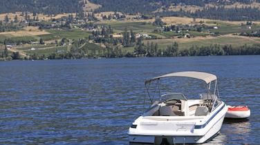 Kelowna Boat Tours on Okanagan Lake