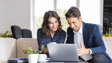 The Importance of Using a Real Estate Agent When Buying a Pre-Build