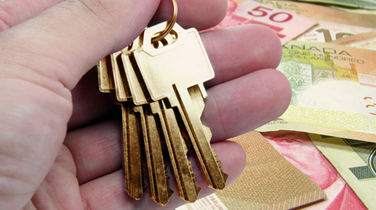 Canadians Get Richer as Mortgage Debt Growth Slows