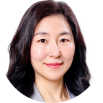 Robyn Jung, Real Estate Agent